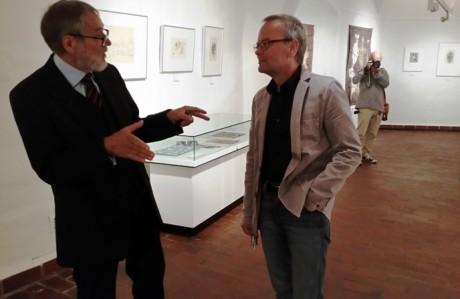 Stftungsvorstand Karl-Heinz Hänel (links) und Museumsdirektor Lutz Unbehaun in der Ausstellung. Fotos: mip
