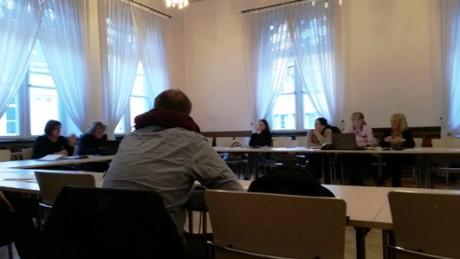 Öffentliche Sitzung des Kulturausschusses. Stadträte frustriert, zynisch, verzweifelt.