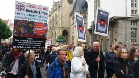 Öffentlicher Protestzug am 25. Mai gegen die Schließungspläne.