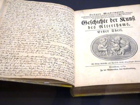 """Lessings Exemplar von Winckelmanns """"Kunst des Alterthums"""" mit seitenlangen handschriftlichen Bemerkungen."""