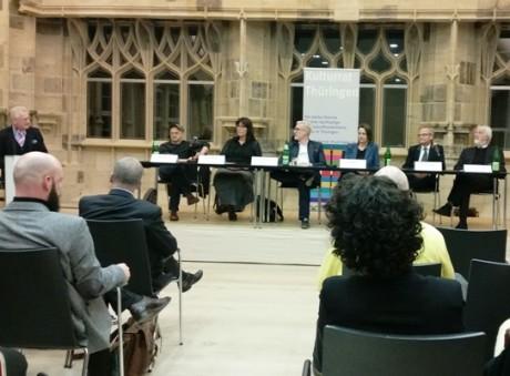 Vornehme zurückhaltend waren die Kulturakteure gegenüber den Politikern auf dem Podium. Fotos: mip