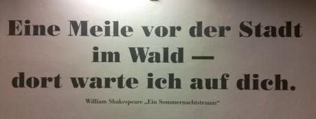 Draußen vor der Tür: Shakespeare original. Foto: mip